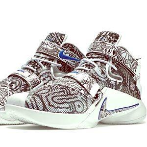Freegums X Nike Zoom LeBron Soldier 9 Black/White